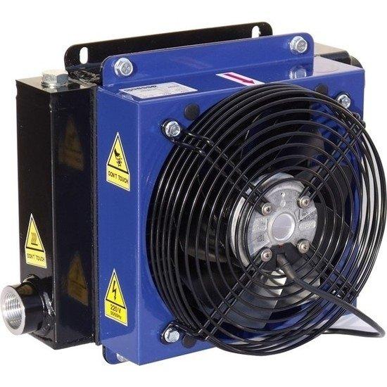 """Afbeelding van 7 kW PTM hydrauliek oliekoeler 12V, 1"""" BSP"""
