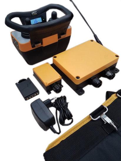 Afbeelding van Teleradio proportioneel hydrauliek besturing set (zender, ontvanger, accu's, accesoires)